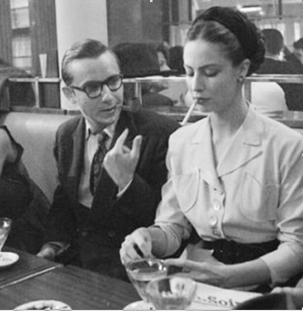 JP Sartre and Simon de Beauvoir in one of the Parisian cafés.